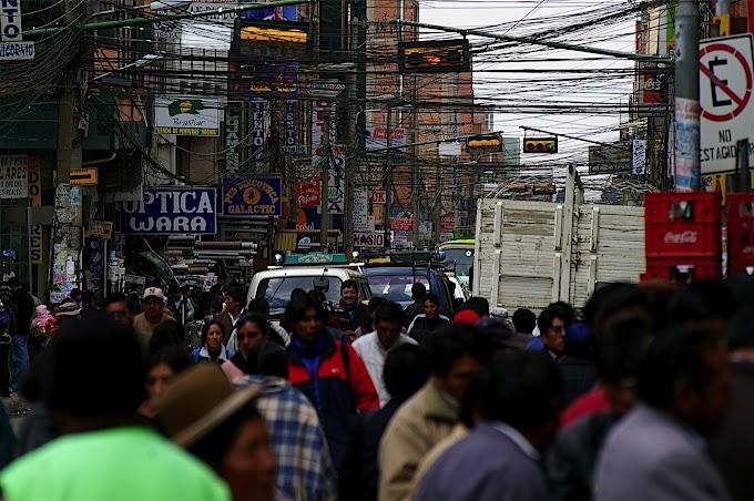 El Alto, enredado de cables