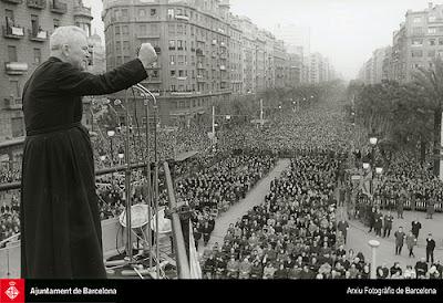 Padre Peyton en la Diagonal de Barcelona, 1965  ©Ayto. Barcelona