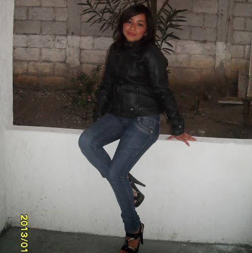 Denia Lopez Photo 5