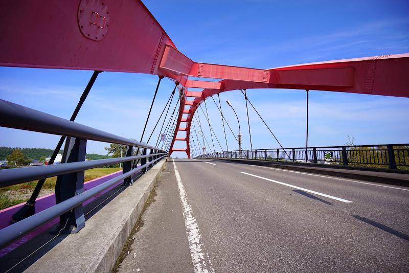 美瑛 四季の橋 赤い橋 写真2