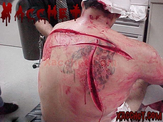 https://lh5.googleusercontent.com/-hIxK6vAxBrg/UUn6WRhWnjI/AAAAAAAADsA/i5SSwikVgj4/s1024/Xacchet.Com-knife-fight-1.jpg