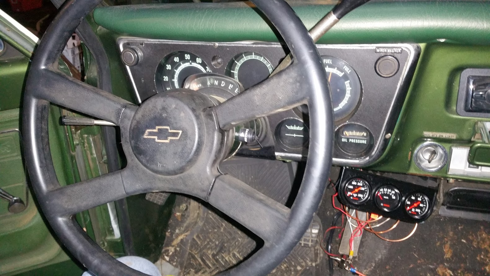 Need Some Steering Wheel Ideas The 1947 Present Chevrolet Gmc 1989 Chevy Suburban Dash Wiring Diagram Today Scored This Minty Square Body A Buddy Of Mine Had Hanging On His Wall Can See Much Better And Its Not As Big Original