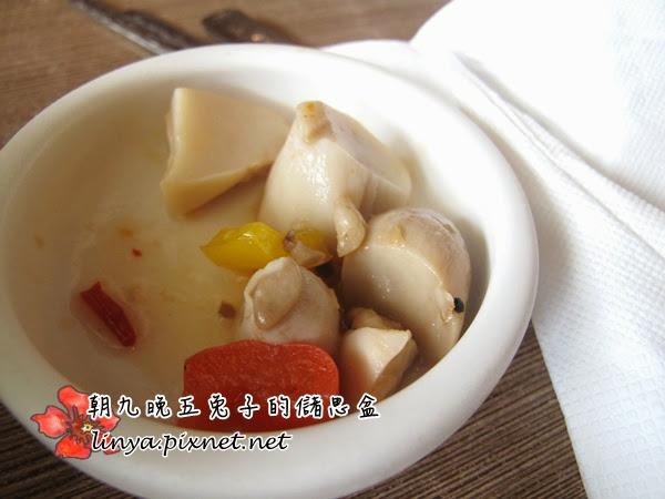 【台中】高CP!小菜吃到飽。韓鄉韓國料理。 @ 朝九晚五兔子的儲思盆 :: 痞客邦