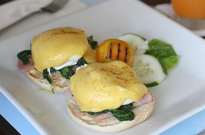 Breakfasts in Bellaroca Island | www.thepeachkitchen.com