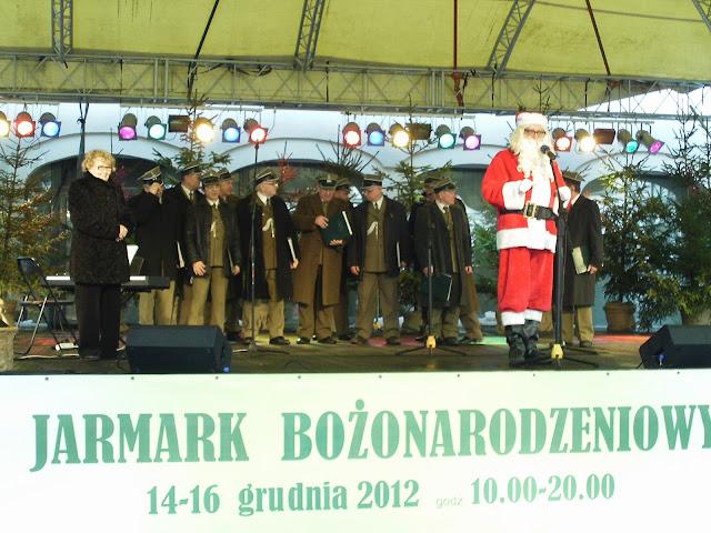 Beeindruckend: Chor der Stettiner Kriegsveteranen stimmte auf Weihnachten ein (©ASC)