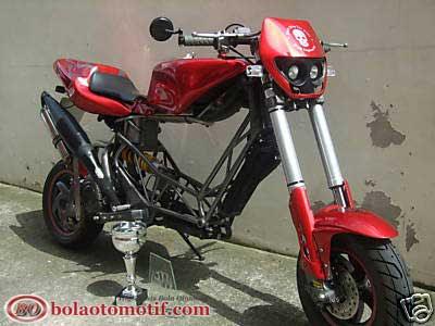 5 Foto Modifikasi Motor Vespa Paling Gokil Bolaotomotif Com