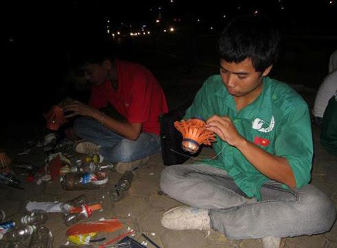 Chàng sinh viên nghiện game thành thủ lĩnh tình nguyện 2