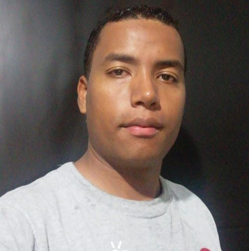Gonzalo Caicedo Photo 10