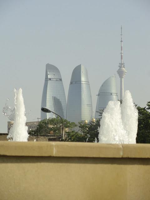 В Баку в известной чайхане выявлено подпольное казино