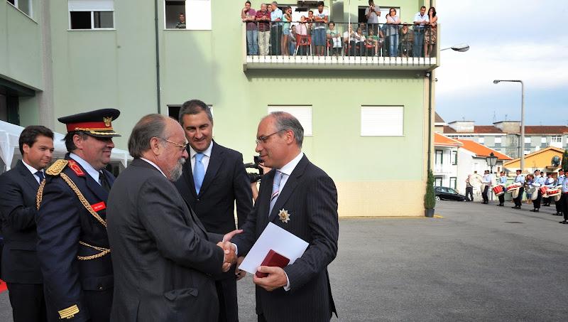 Liga dos Bombeiros atribui Crachá de Ouro a Francisco Lopes