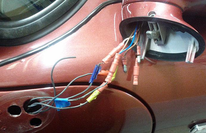 door mirror cabling connector rennlist porsche discussion forums rh rennlist com porsche 944 wing mirror wiring porsche 944 wing mirror wiring