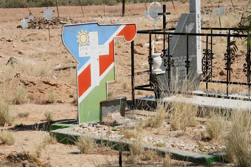 OneStonedCrow: Southeast Namibia: Gabis