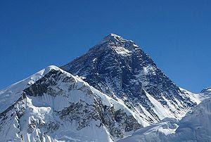 Everest - 10 Gunung Tertinggi Dunia