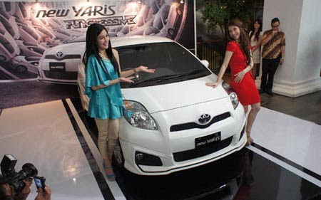 Launching New Yaris Facelift 2012