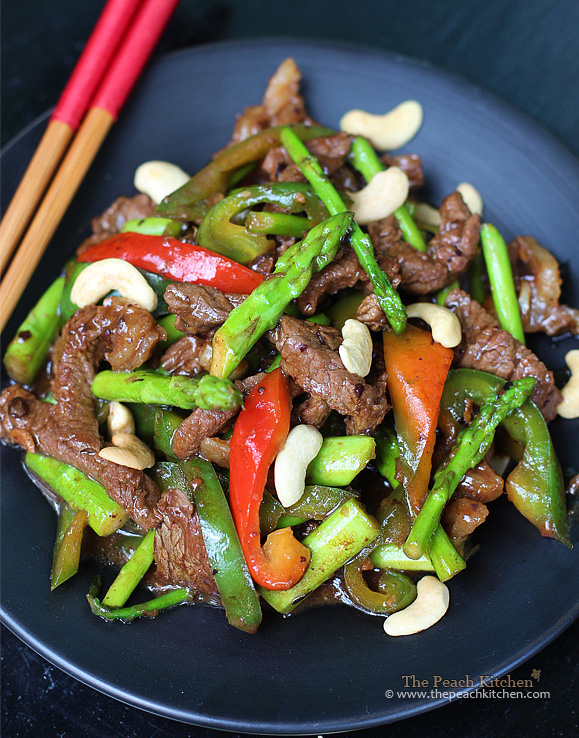 Beef Stir-Fry with Asparagus & Cashew | www.thepeachkitchen.com