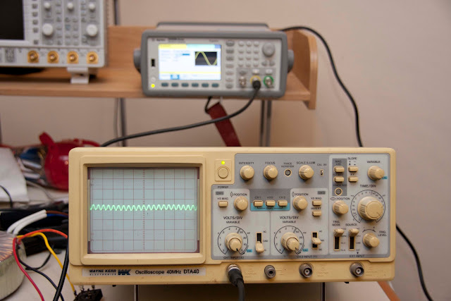 Agilent 33522B Waveform Generator Low Amplitude Sine Wave