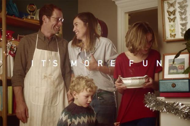 "Scrabble ""Anagram Christmas"" Commercial"