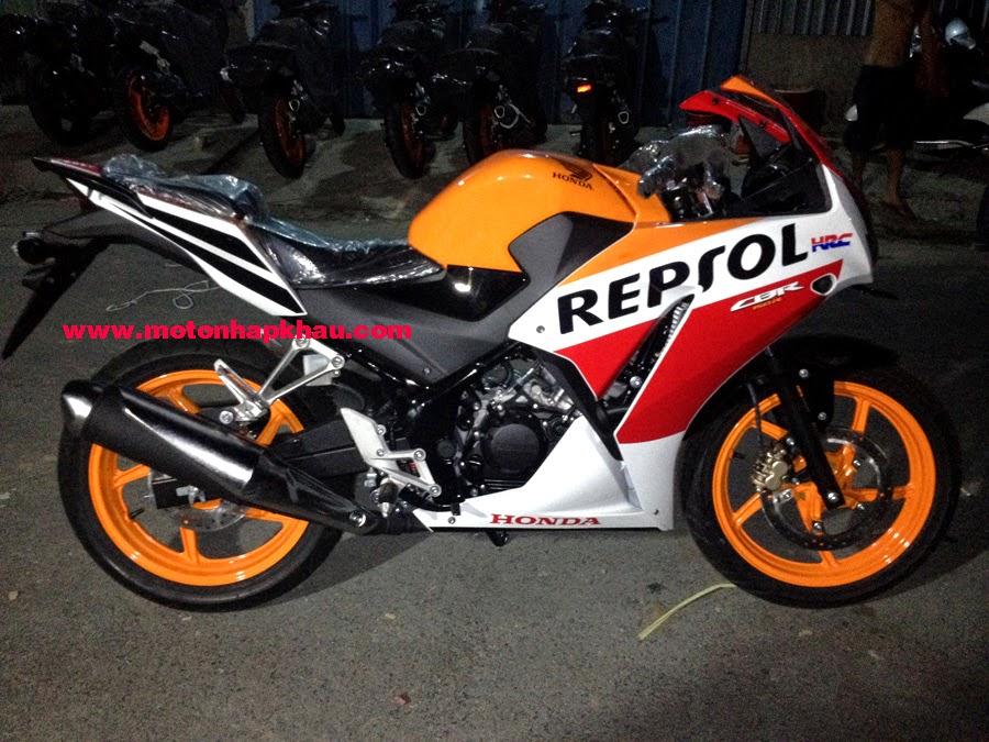 Honda CBR150R 2015 Repsol
