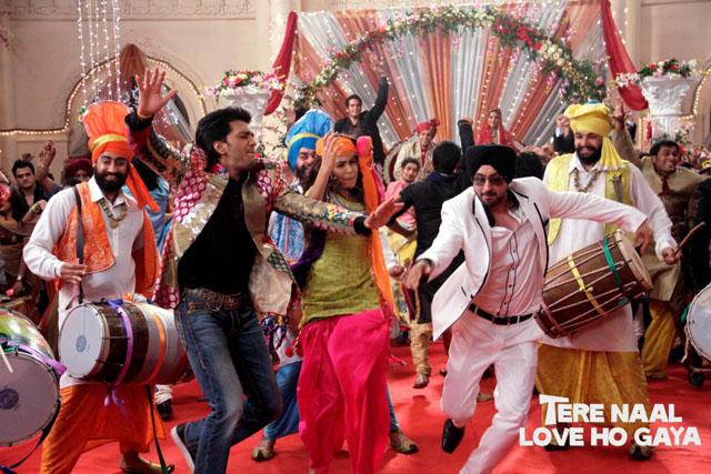 Diljit Dosanjh Tere Nal Love Ho Gya Pee Pa Pee Pa song