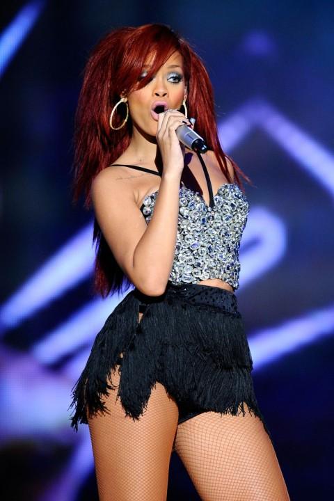 Rihanna Performances And Celebrities