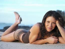 la sensual Evangeline Lilly - Kate