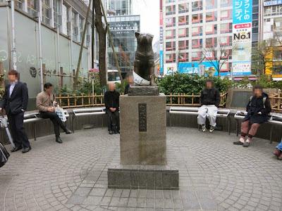渋谷のハチ公の銅像