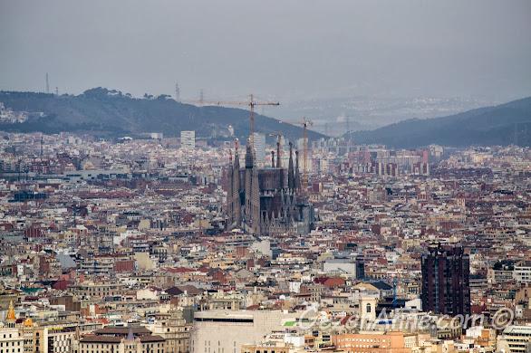 Montjuic tepesinden Barselona manzarası