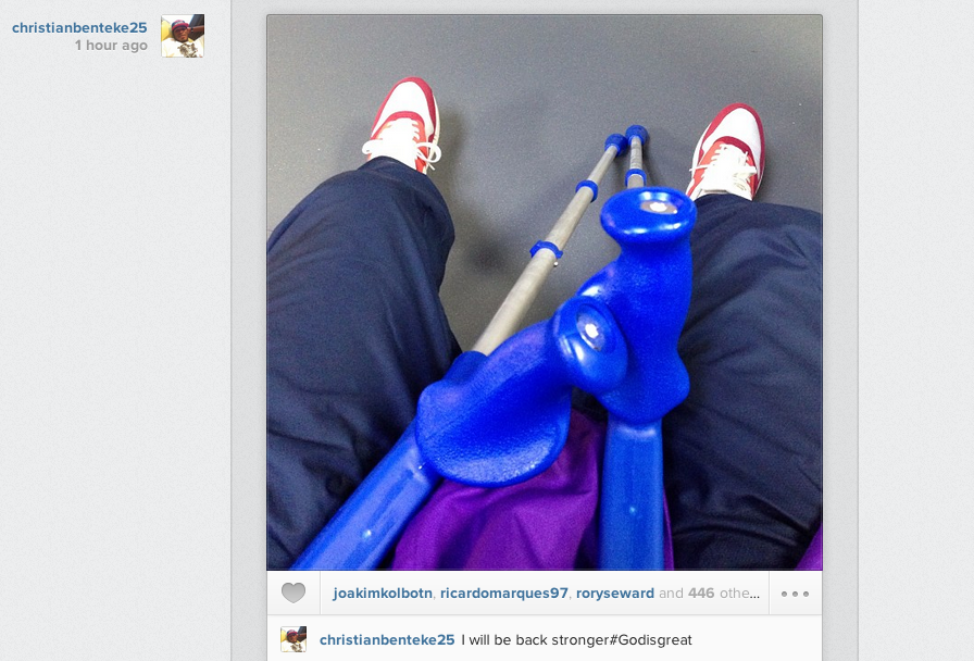 Christian Benteke (on crutches) posts Instagram picture: I will be back stronger