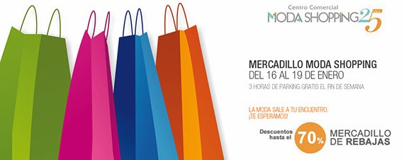 Mercadillo de rebajas en salir - Centro comercial moda shoping ...