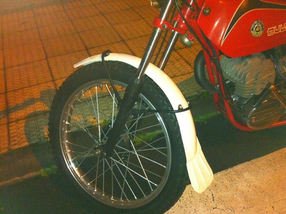 Bultaco Sherpa T125 - Tentado Por El Lado Oscuro - Página 5 IMG_1019