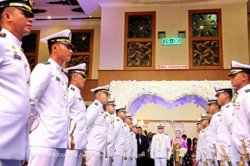 WEDDING tni