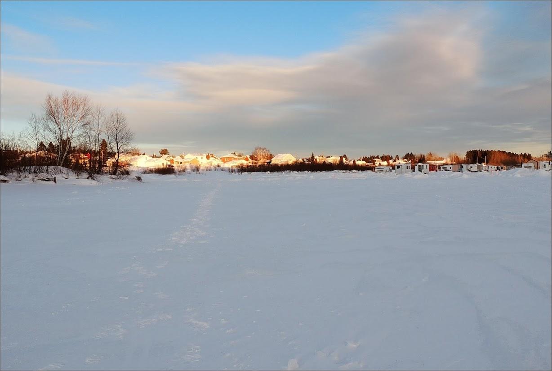 petite retouche sur le village de la riviére DSCN3397