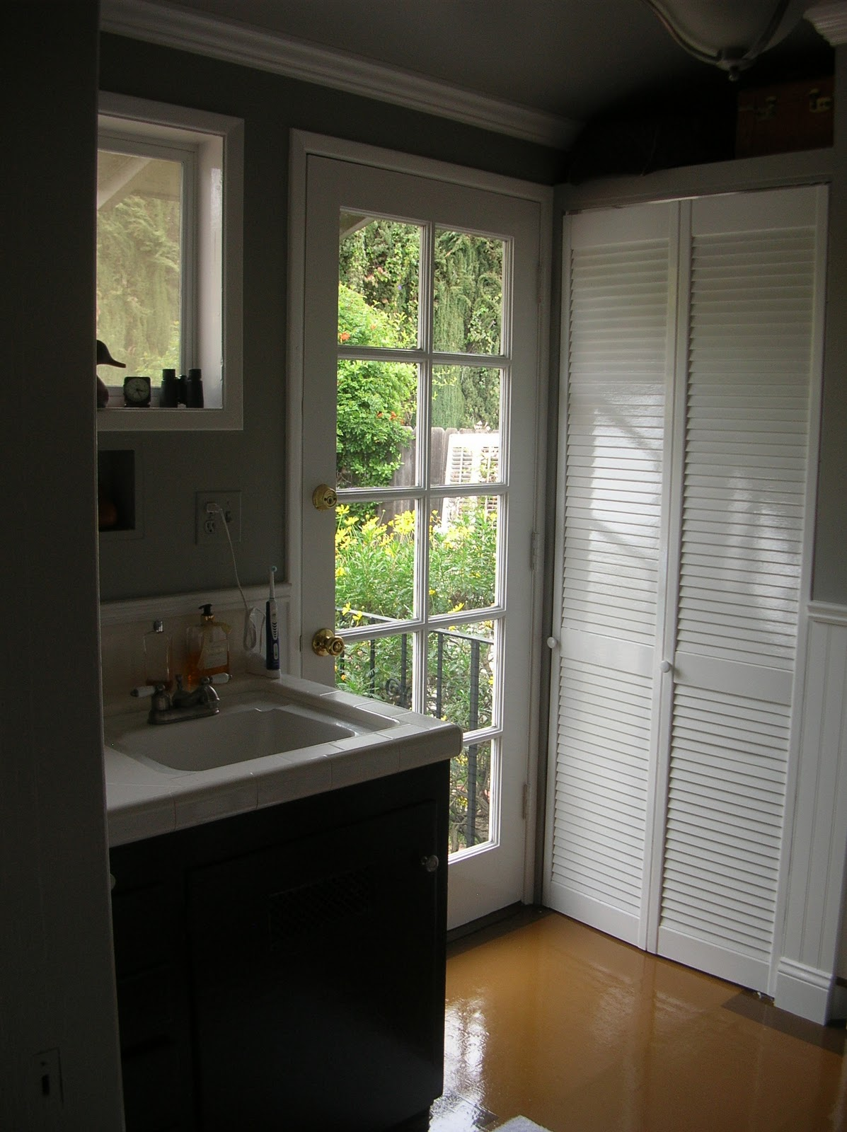 Bathroom Remodels Under $1000 my dinners w/ richard & other musings: 2011: a bathroom odyssey or