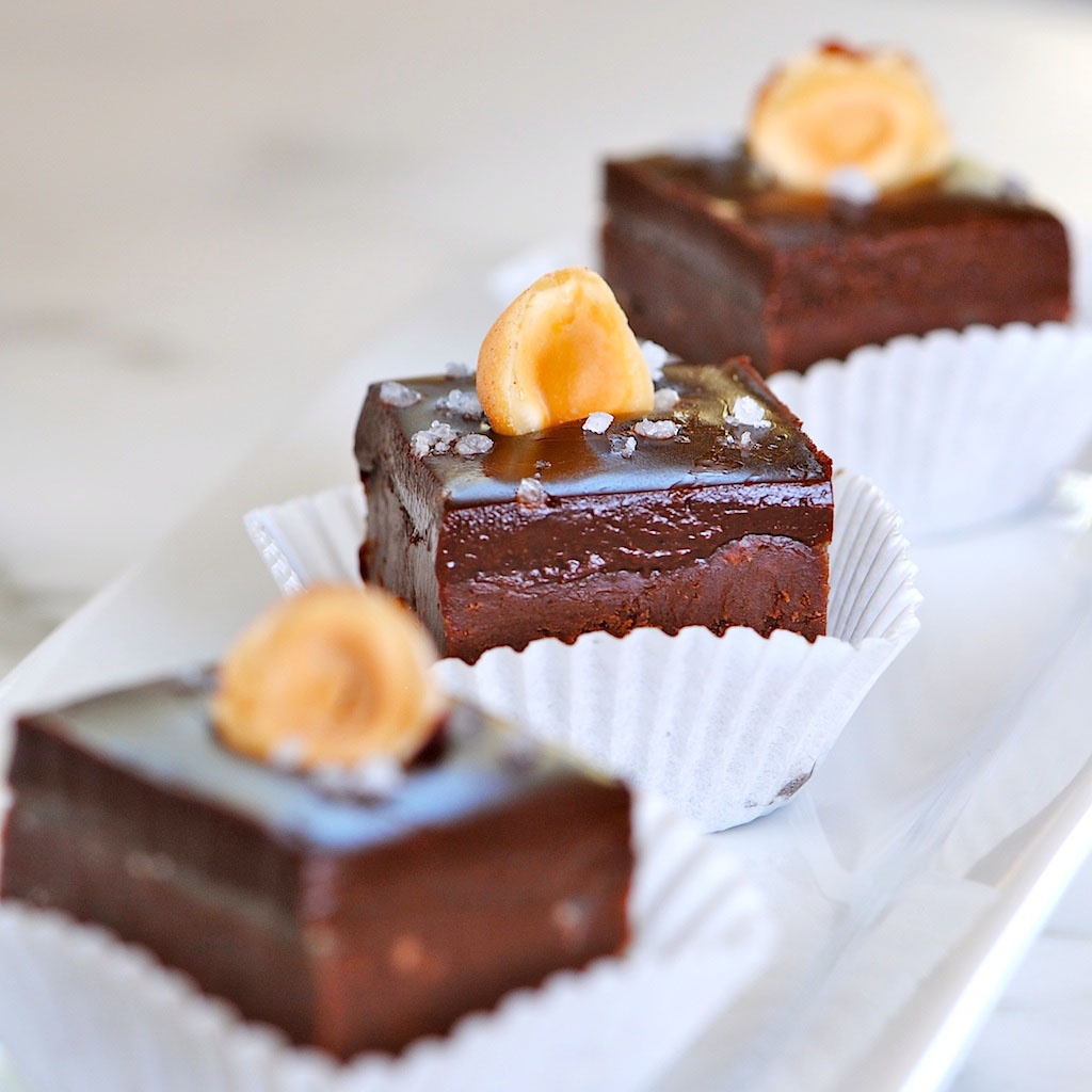 JULES FOOD...: Nutella Chocolate Fudge with Dark Chocolate ...