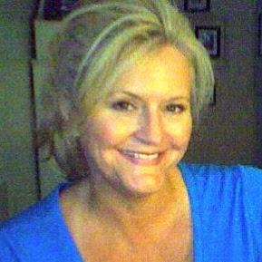 Kim Stiles Photo 12