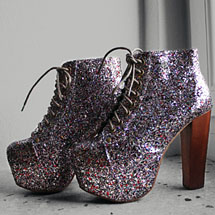 Bota com glitter colorido