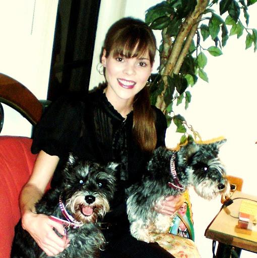 Amy Pyle Photo 12