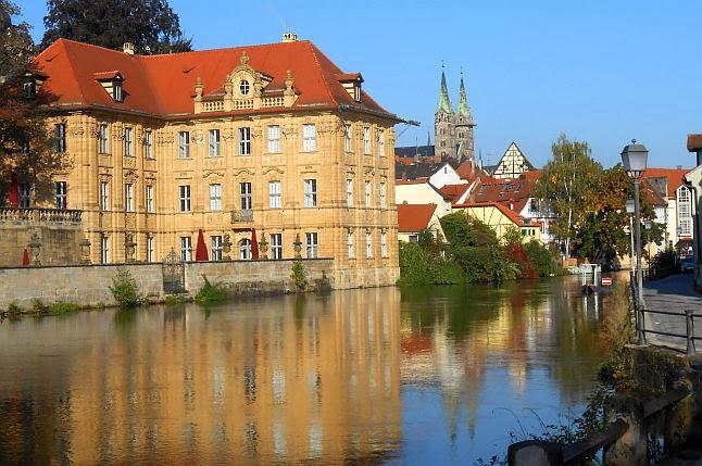 Blick auf Bamberg mit dem Internationalen Künstlerhaus Villa Concordia