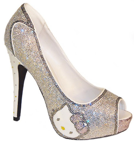 Zapatos de Hello Kitty con taconazos y plataformas