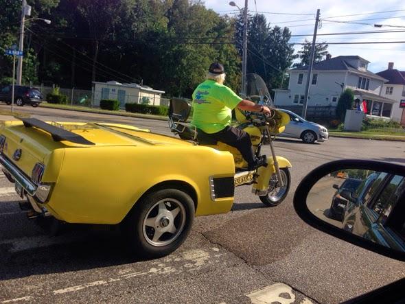 Mitad moto, mitad coche