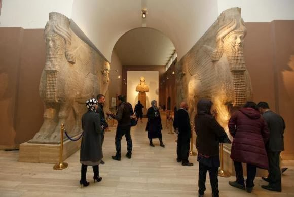 Middle East: Looted Iraqi museum hopes to reopen, minus many relics