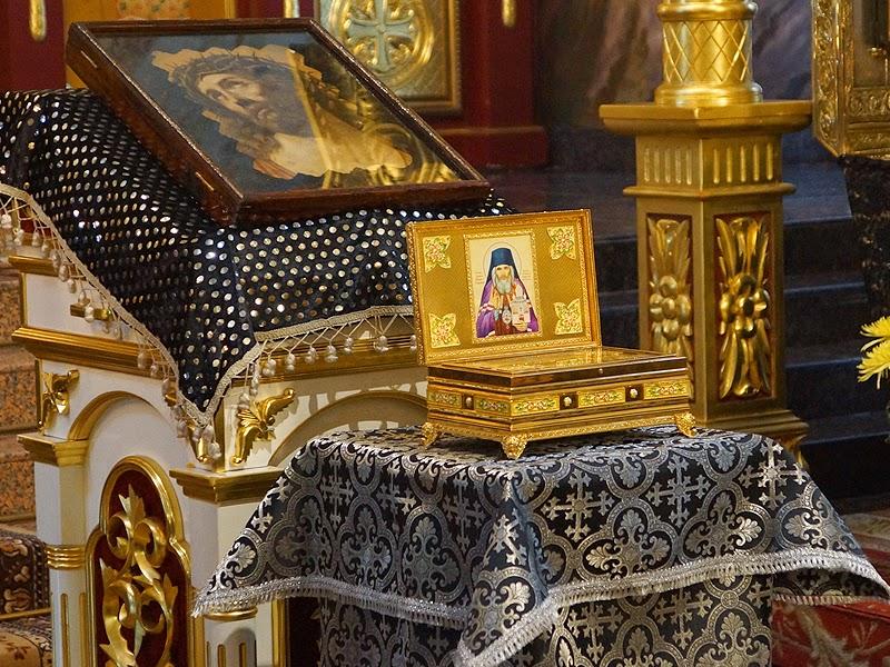 В Иркутск привезли мощи святителя Иоанна Шанхайского и Сан-Францисского