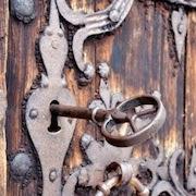 К чему снится открывать дверь ключом?