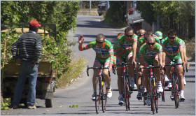 Rennrad-Training auf der SS 113 durch Mongerbino