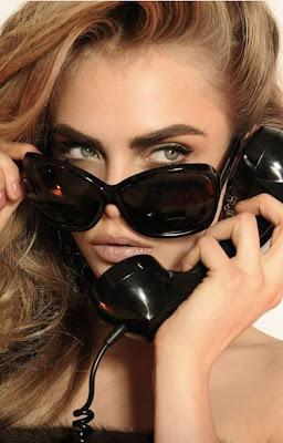 Cara_Delevingne_Dsquared2_Eyewear_2013