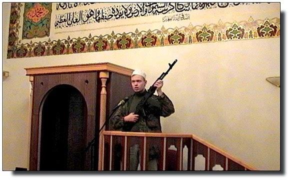 Lukáš Větrovec v brněnské mešitě
