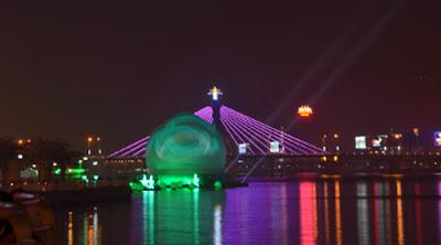 danang-hotel-LED-sphere-light