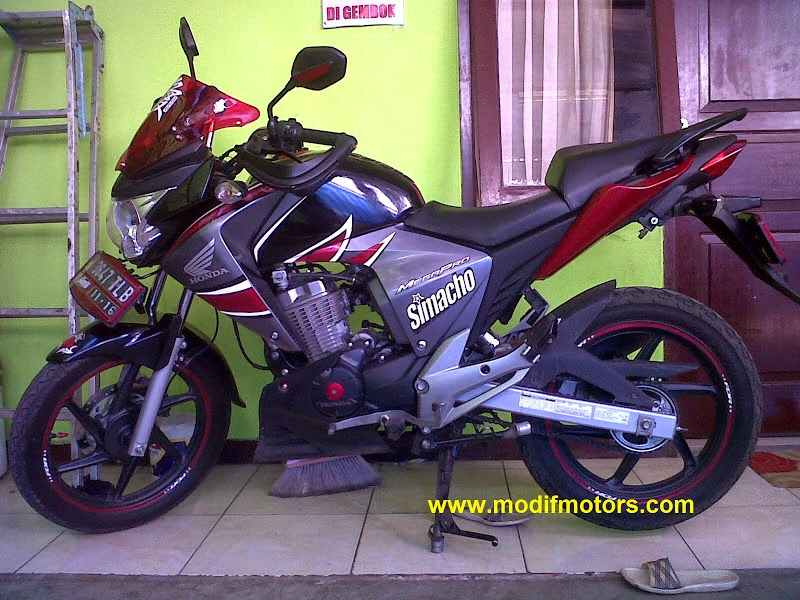 New Megapro Modifikasi Touring
