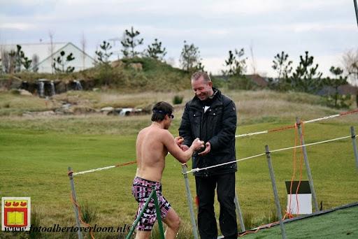 oudejaarsduik.Golfbaan overloon 30-12-2012 (53).JPG