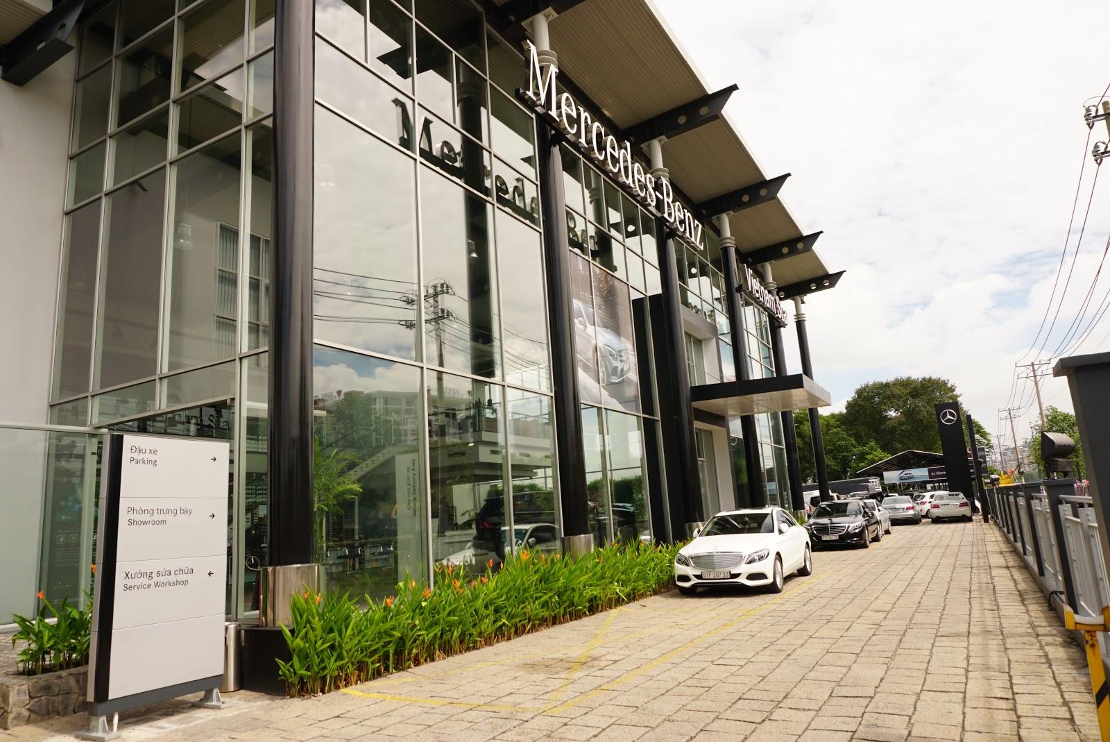 Showroom Mercedes Benz của Vietnam Star cực lớn tại Trường Chinh, Tân Phú